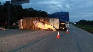 Accidente trailer feria