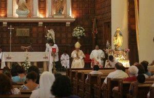 alejamiento-fieles-iglesia