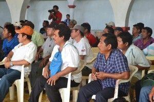 Reunión con autoridades comunales2