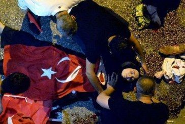 Decenas de muertos y heridos por enfrentamientos en las calles de Ankara y Estambul